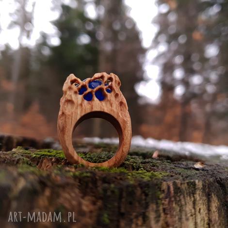 drewniany pierścień lączony z żywicą druids ring, las, natura, folk, etniczny