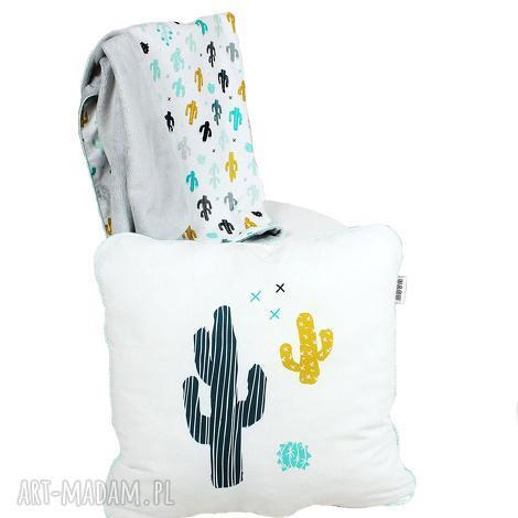 zestaw dla niemowlaka kaktus, kocyk minky i poduszka dekoracyjna, haft, prezent