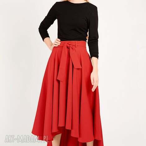 spódnice czerwona spódnica z koła, koło, długa, maksi, prosta, rozkloszowana, maxi