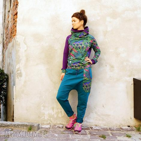 spodnie baggy maja - pawie pióra, zielone dresowe, kolorowe