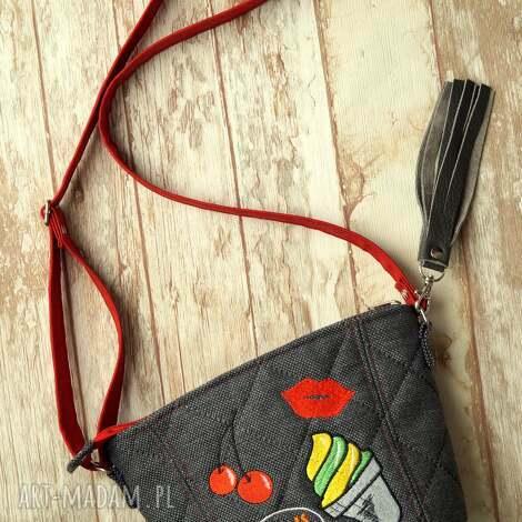 happyart mini torebeczka, mała, torebka, modna, naszywki, prezent, pikowana torebki