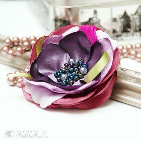 Pracownia Zolla: elegancka broszka kwiatek przypinka, broszki tekstylne, upominek, handmade broszka