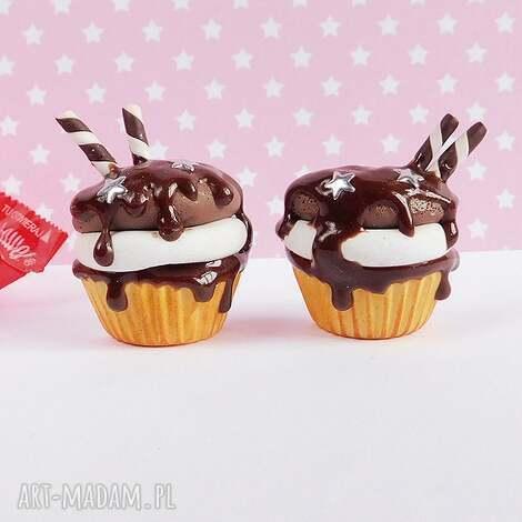 magnesy babeczki czekoladowe - magnes na lodówkę, babeczki, czekoladowe, ciastka