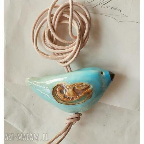 wisiorki wisiorek błękitny ptaszek, ceramika, wisior