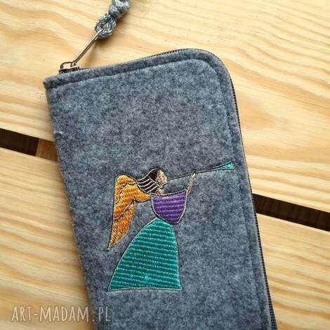 filcowe etui na telefon - aniołek, smartfon, pokrowiec, futerał, prezent