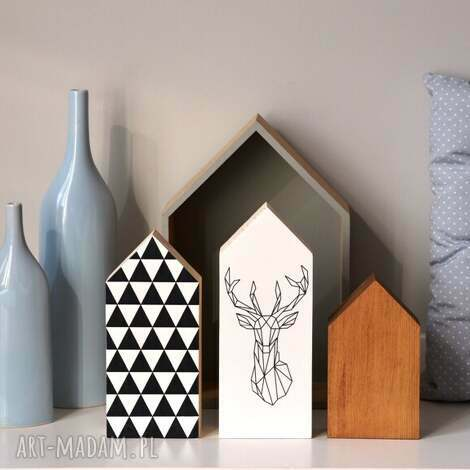 3 x domki drewniane, domki, domek, trójkąty, jeleń, drewniany, drewna dom