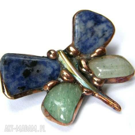 broszka motyl granatowo-zielony - motyl, kamienie, sodalit, awenturyn, broszka