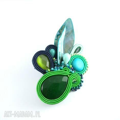 zielono-granatowa broszka z muszlą - broszka, przypinka, mulanka, sutasz, soutache