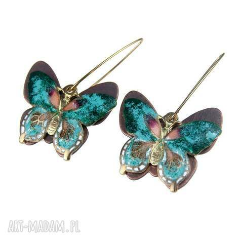 kolczyki c306 z emaliowanymi motylami, kolczyki, motyle, wiszące, kobiece