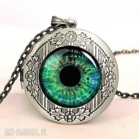 Źrenica - sekretnik z łańcuszkiem - źrenica, oko, sekretnik, medalion