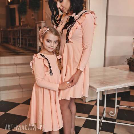 sukienki latori - sukienka damska z kolekcji mama i córka lm46/2 jasny róż