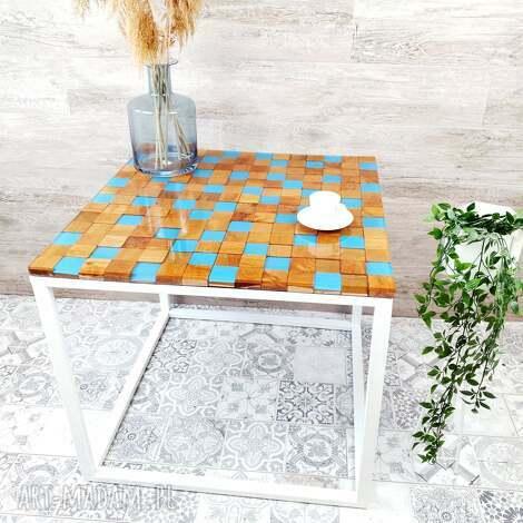 stolik kawowy w niebieskie kwadraty - morski, kawowy, drewno, salon