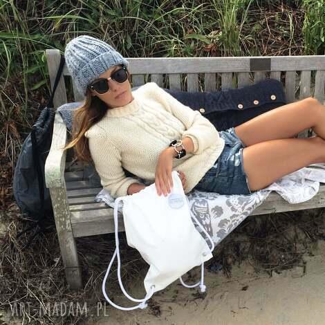 szara czapka handmade - zimowa, minimalizm, basic, prosta, zima, streetwear