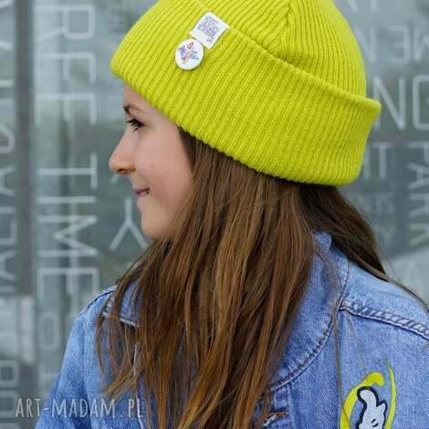 limonkowa seledynowa czapka dziecięca logo kolor, kids beanie, czapka sportowa