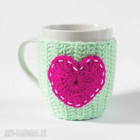 oryginalny prezent, kubeczek w sweterku, kubek, ocieplacz, serduszko, sweterek, serce