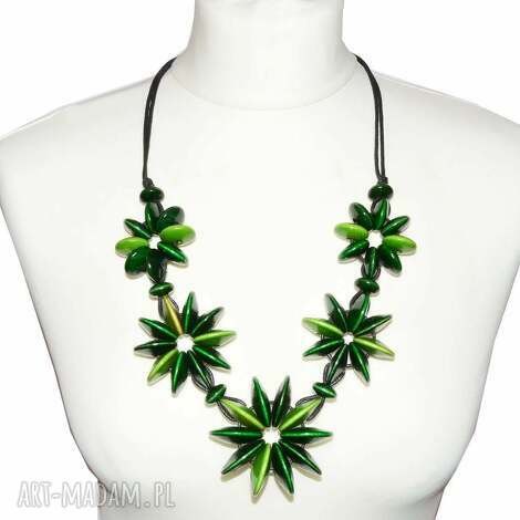 zielone kwiaty, naszyjnik z korali drewnianych korale, drewniane, długi