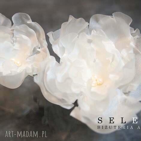 jedwabne kwiaty - ślub, jedwab, kokówki, kwiat, perły, swarovski