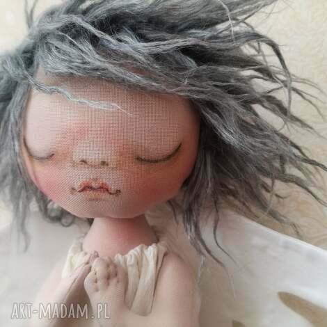 anioŁek dekoracja ścienna - figurka tekstylna ręcznie szyta i malowana