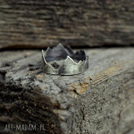 korona ziemi - góry, szczyty, minimalistyczny, srebro, miłośnik gór