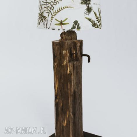 lampa podłogowa ze starej krokwi, podłogowa, recykling, liście paproci