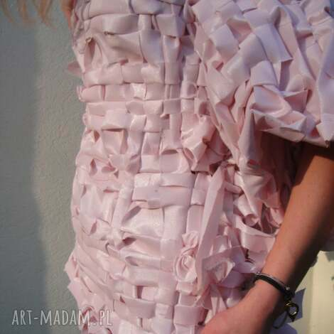 swetry swetere blink pink, elegancki sweterek, frędzle, błyszczący, różowy