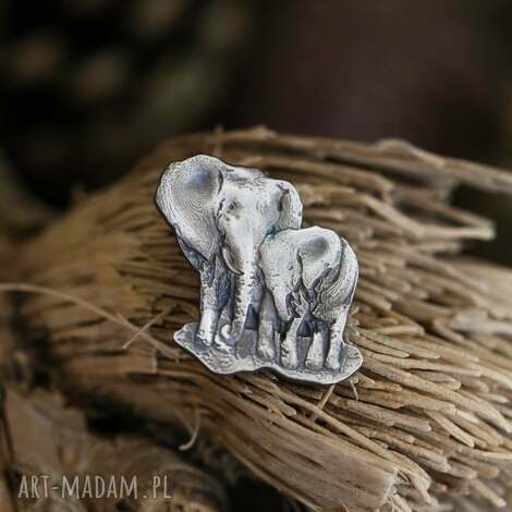 broszka dwa słoniki ze srebra, afrykańskie zwierzęta pin, słonie broszka