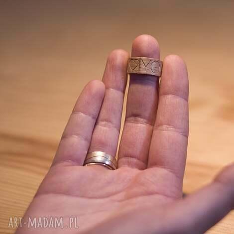 obrączka pierścionek z drewna z grawerem i you - obrączka, pierścionek
