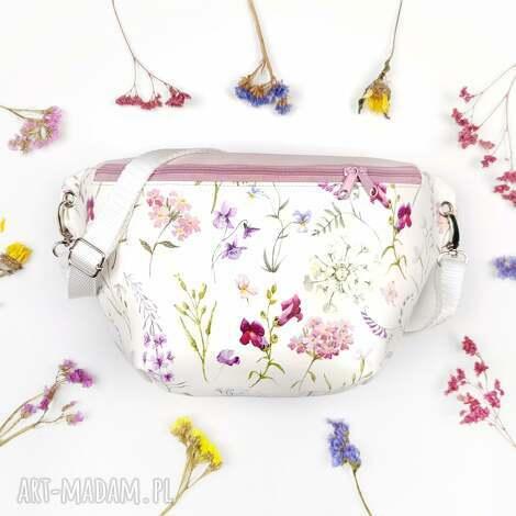 nerki nerka xxl kwiatowa, nerka, kwiaty, romantyczna, skaj, skóra