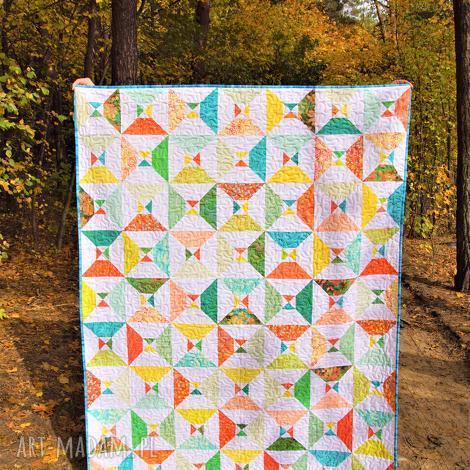 pikowana narzuta patchworkowa kolorowa klepsydra z minky, patchwork