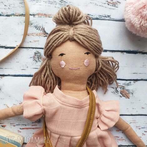 lalki pani lala, prezent, lalka, chrzciny, naturalna, urodziny, przytulanka