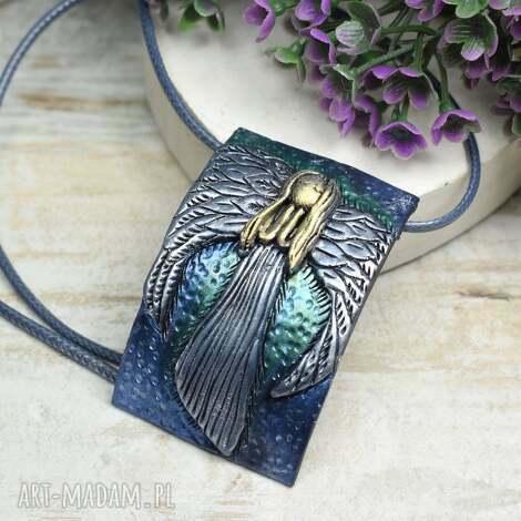 naszyjnik anioł - wyjątkowy i oryginalny z motywem anioła, zawieszka