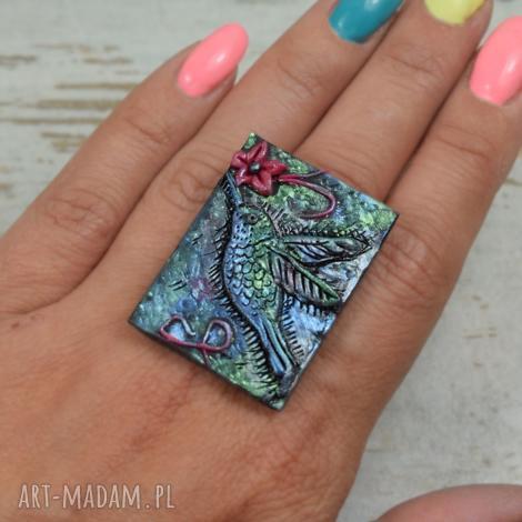 duży, oryginalny pierścionek koliber, duży