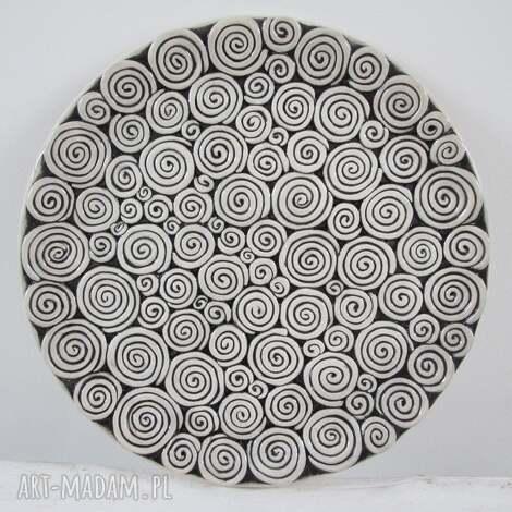 zakręcona patera ceramiczna, talerz, ceramiczny, dekoracyjny, artystyczny, prezent