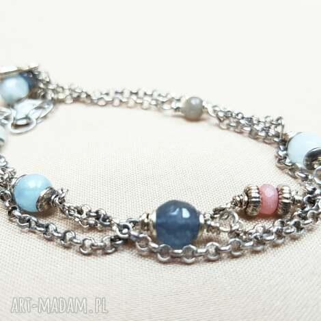 bransoletka ze srebra i błękitnych kamieni, srebro oksydowane delikatna, lekka