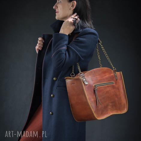 kuferek ręcznie robiona torba z łańcuchami od ladybuq art studio stylowa wygodna