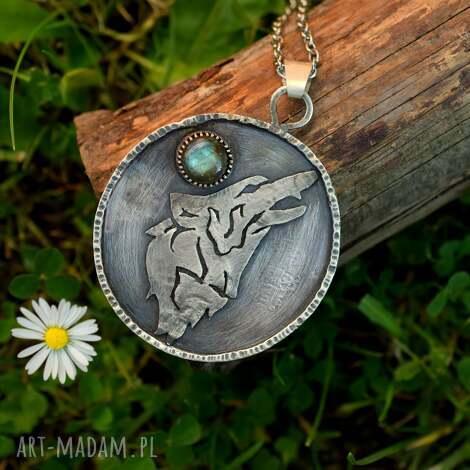 wilk amulet - wilk, srebro, labradoryt, naszyjnik, minerały, prezent