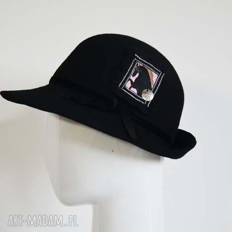 czapki kapelusz z koniem, kapelusz, filc, koń, czarny