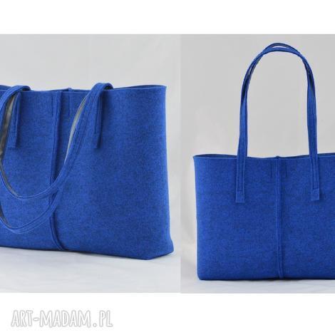 f06b01a369c60 duŻa niebieska torebka z filcu- minimalistyczna- niska