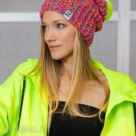 pod choinkę prezent, follow me tropiki, kolorowa, neonowa, neo, różowa, czapka
