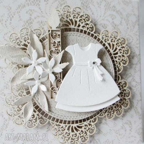 w białej sukni - w pudełku - chrzest, komunia, pamiątka, życzenia