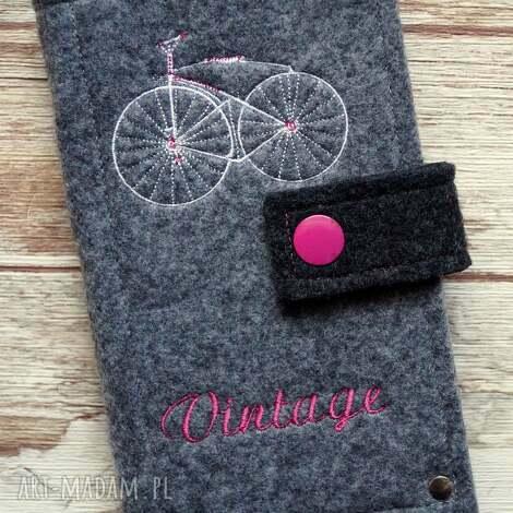 filcowe etui na telefon - vintage bike, etui, smartfon, retro, rower, kropki, prezent