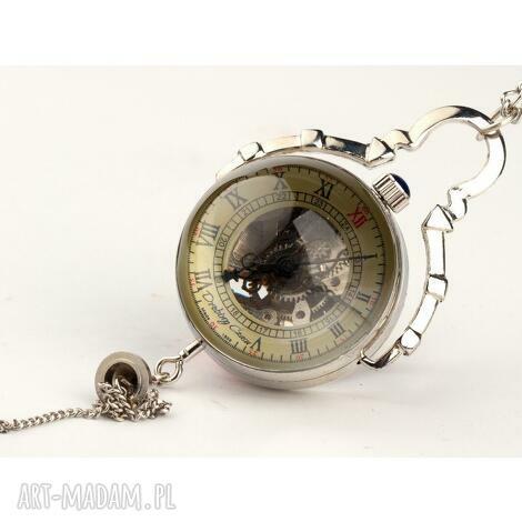 zegarki czas zatopiony w srebrze, zegarek