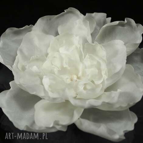 jedwabny kwiat z perłą, swarovski, perła, kwiat, jedwab, ozdoba, ślub