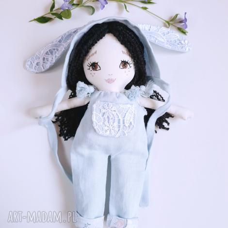 lalka ręcznie haftowana pati, len, bawełna, lalka, eko, zabawka, haft