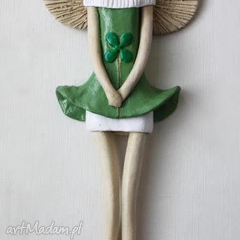 ceramika anioł wiszący z koniczyną, anioł, aniołek, anielica dom