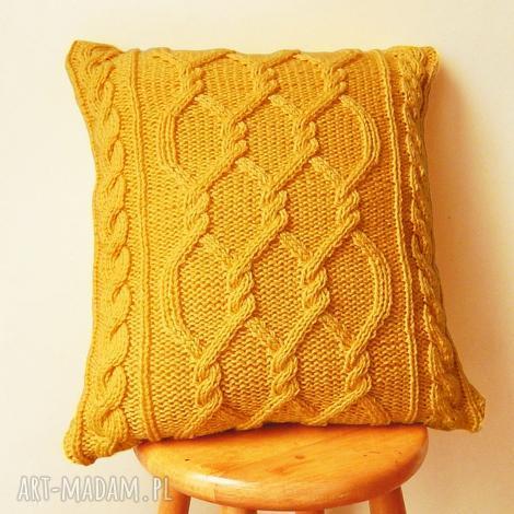 duża warkoczowa żółta poduszka, włóczkowa, dziergana