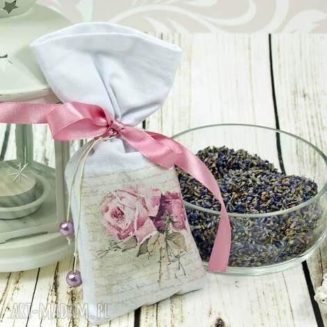 dekoracje saszetka/ woreczek z lawendą-retro róże, woreczek, saszetka, lawenda