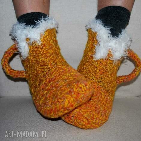 buty piwko z odrobiną soku - ciepłe kapcie, paputy, bambosze, bambosze