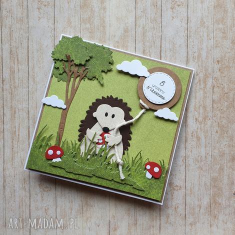 kartka zaproszenie jeżyk na grzybobraniu, urodziny las sesja, jeż, muchomorki