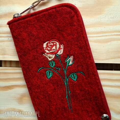 etui filcowe na telefon - róża, smartfon, pokrowiec, różyczka, koraliki